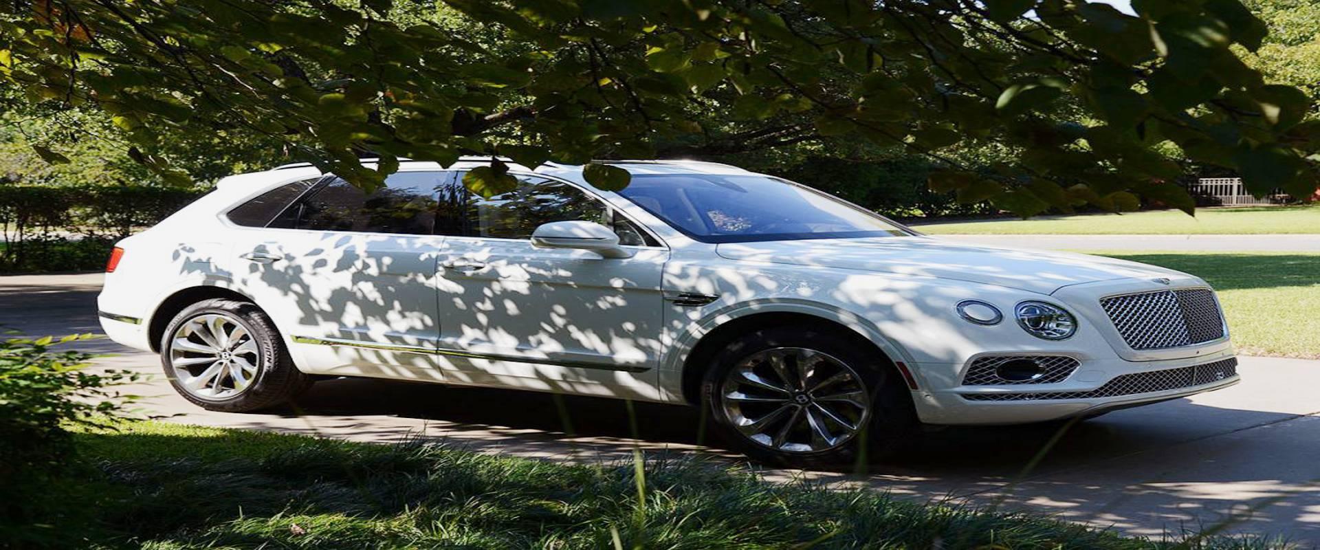 Weekend with a Bentley Bentayga