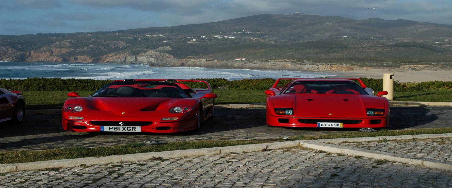 Ferrari F40 vs. F50